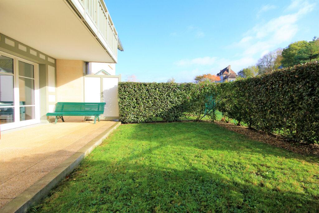 Appartement à vendre 3 63m2 à Deauville vignette-10