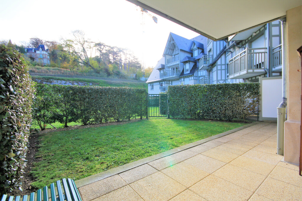Appartement à vendre 3 63m2 à Deauville vignette-12