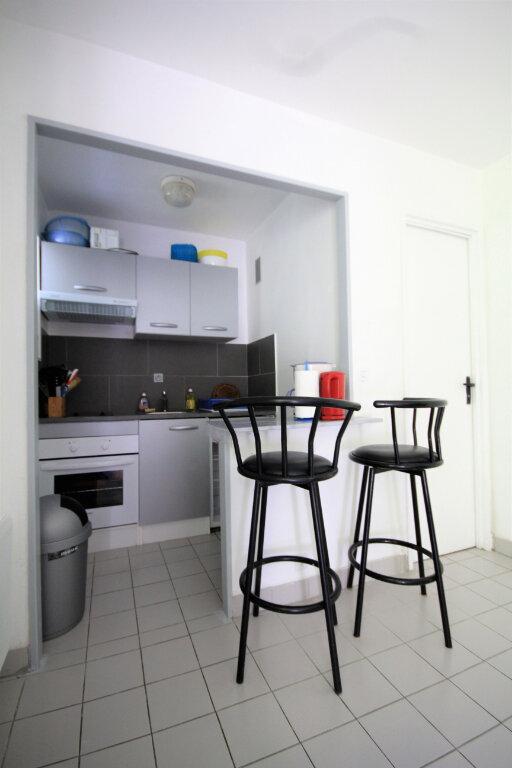 Appartement à vendre 2 31.77m2 à Trouville-sur-Mer vignette-3