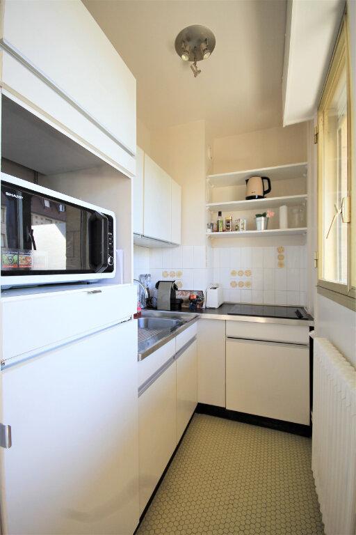 Appartement à louer 1 22.92m2 à Deauville vignette-4