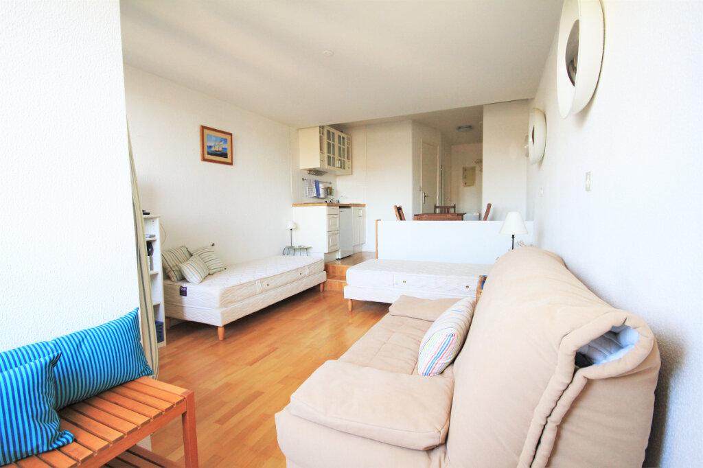 Appartement à louer 1 25.54m2 à Deauville vignette-2