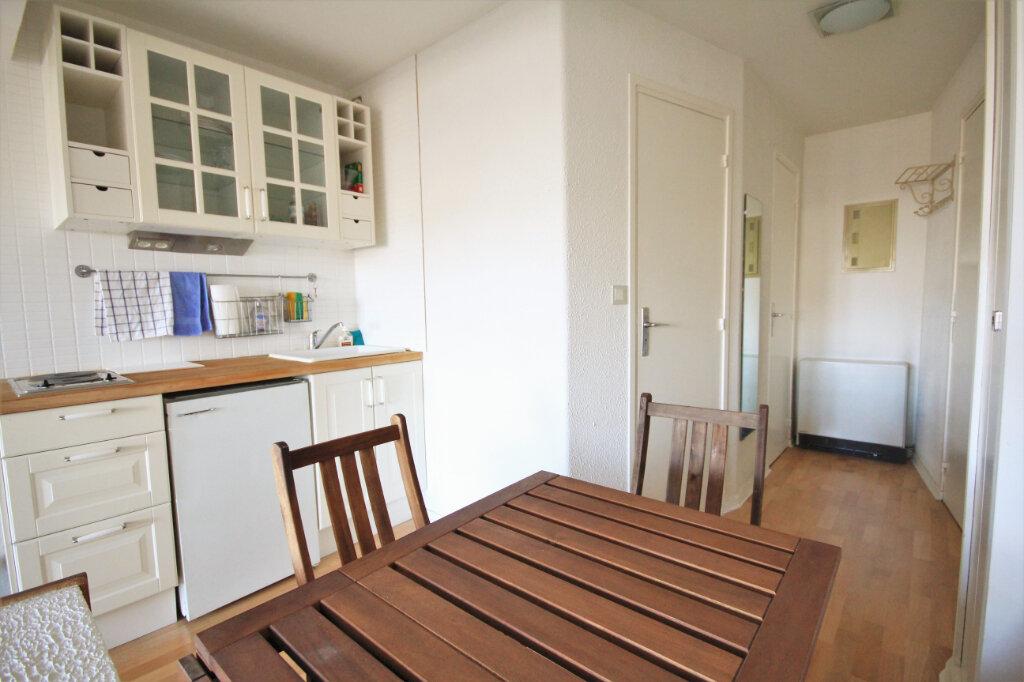 Appartement à louer 1 25.54m2 à Deauville vignette-4