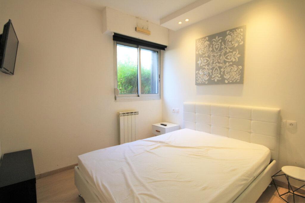 Appartement à louer 2 32.97m2 à Deauville vignette-4