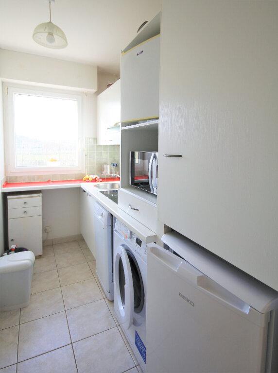 Appartement à louer 2 37.99m2 à Deauville vignette-3