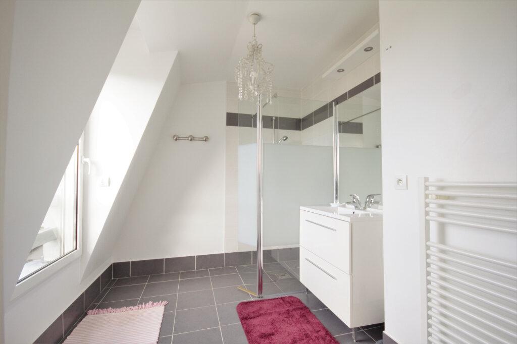 Appartement à louer 2 55.01m2 à Deauville vignette-4