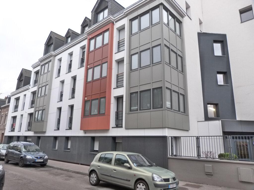 Appartement à louer 3 75.51m2 à Rouen vignette-1