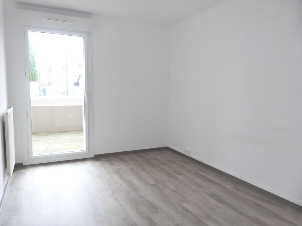 Appartement à louer 3 75.51m2 à Rouen vignette-6