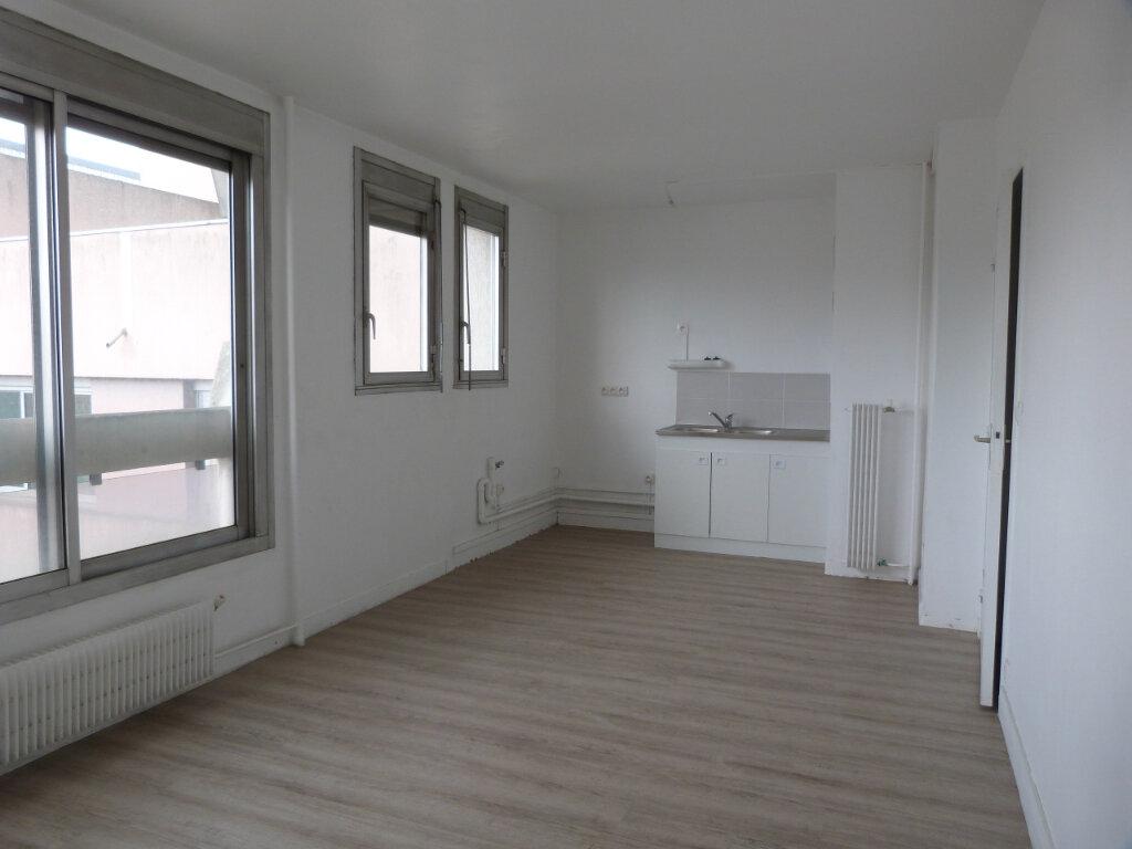 Appartement à louer 2 38.56m2 à Rouen vignette-2