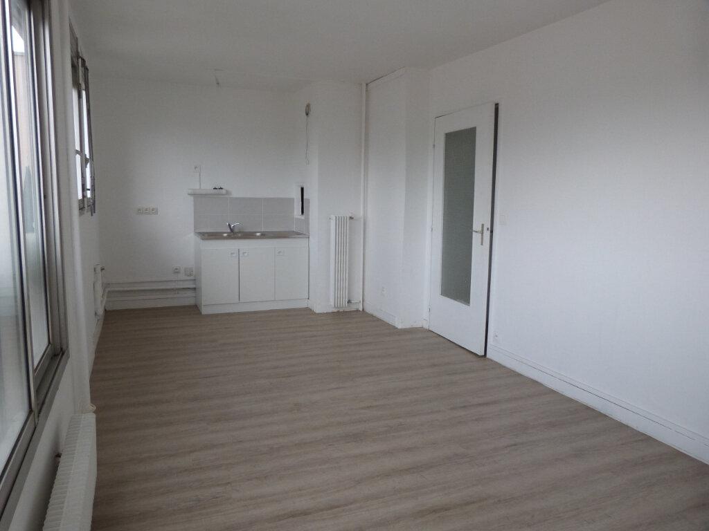 Appartement à louer 2 38.56m2 à Rouen vignette-4