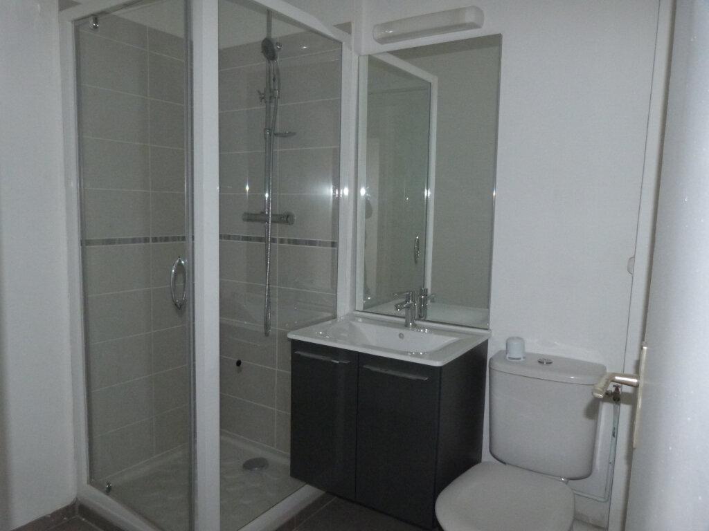 Appartement à louer 2 38.56m2 à Rouen vignette-5