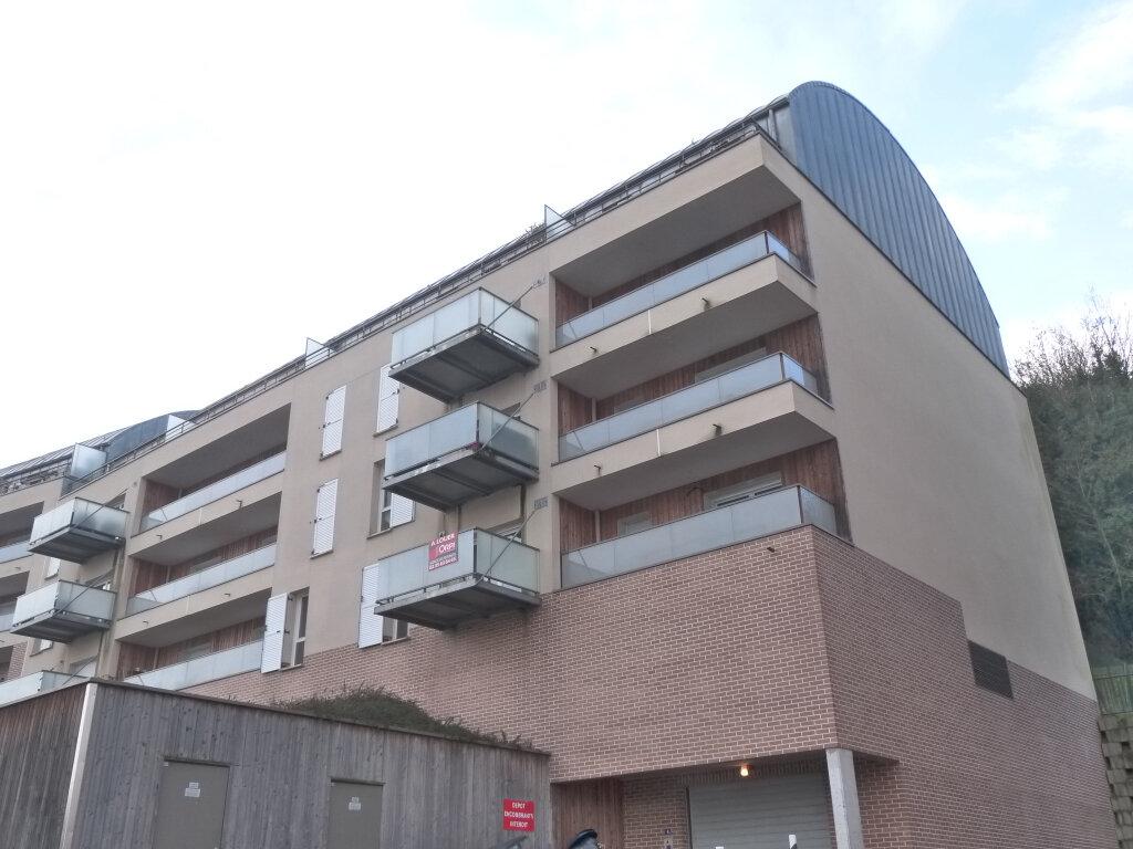 Appartement à louer 3 55m2 à Canteleu vignette-1
