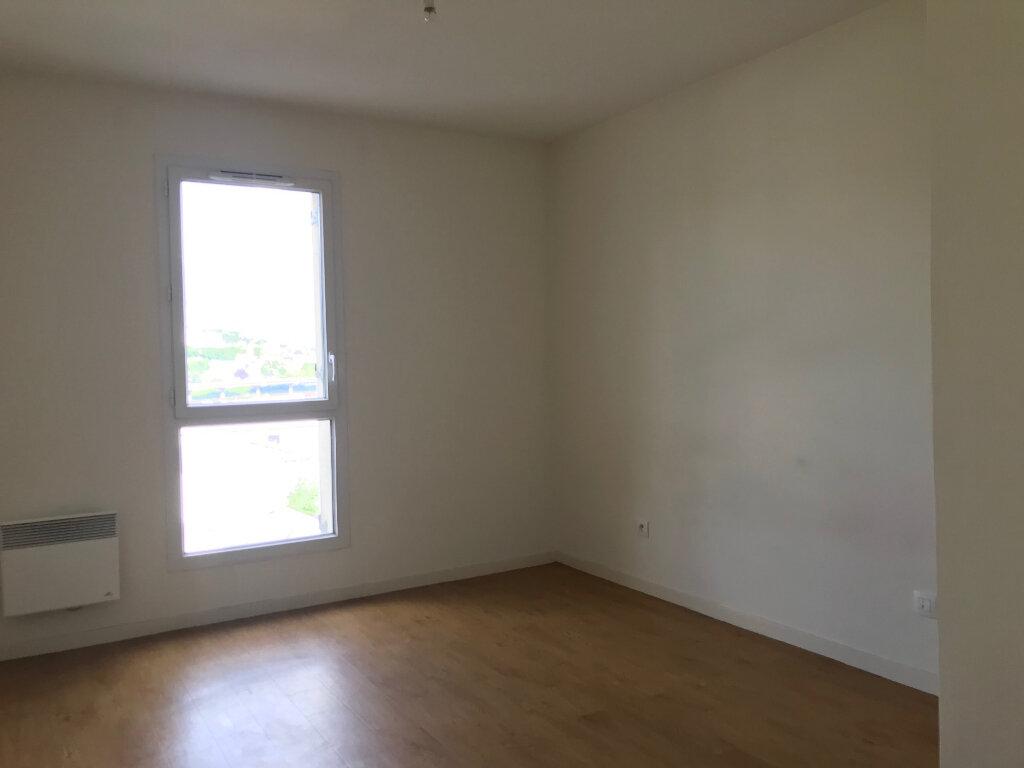 Appartement à louer 3 55m2 à Canteleu vignette-5