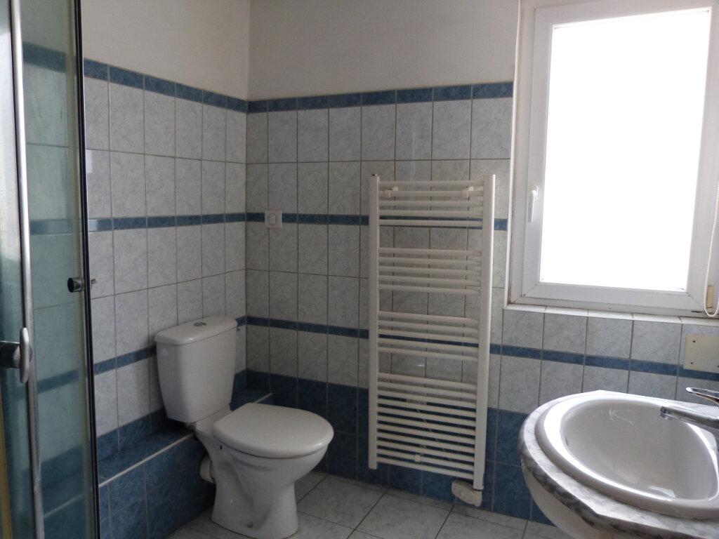 Maison à louer 3 43m2 à Grand-Couronne vignette-5