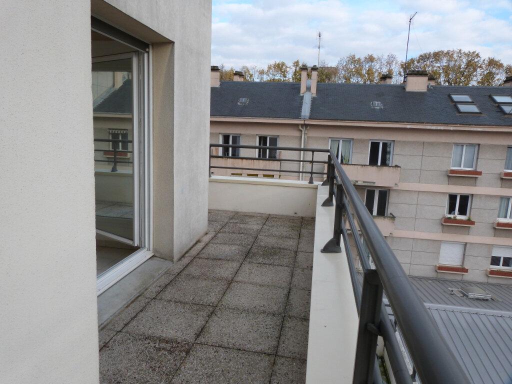 Appartement à louer 3 60.35m2 à Rouen vignette-5