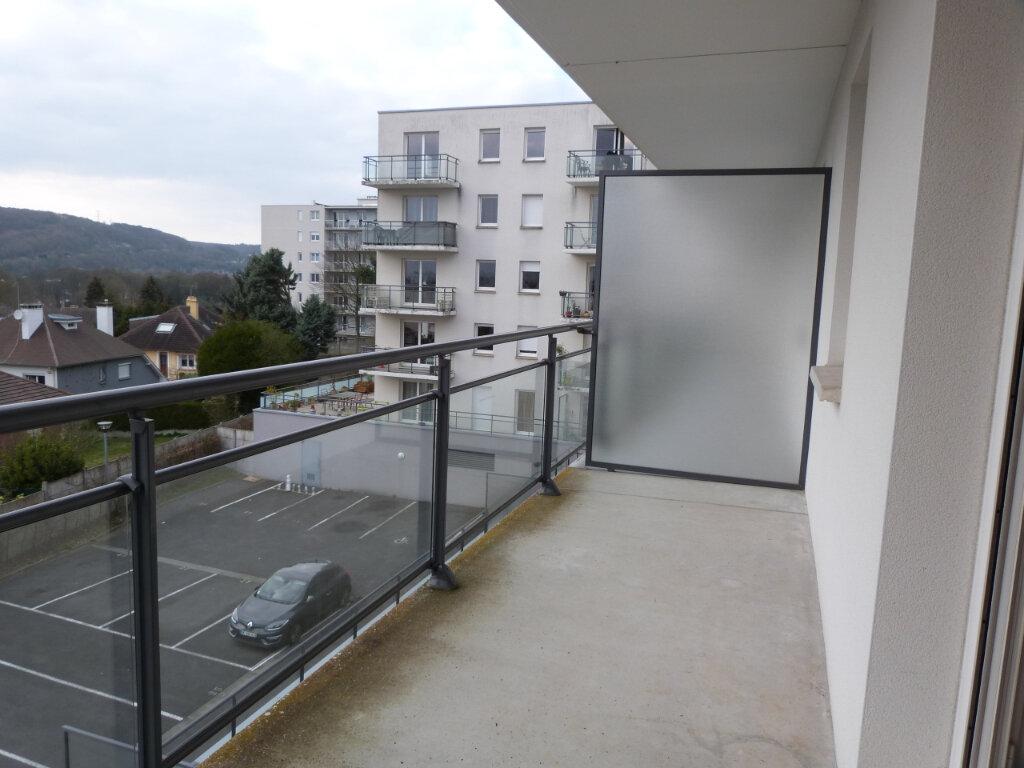 Appartement à louer 3 68m2 à Déville-lès-Rouen vignette-1