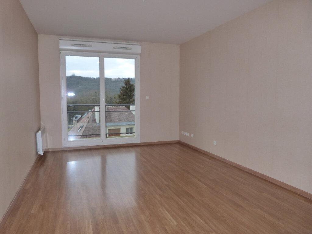 Appartement à louer 3 68m2 à Déville-lès-Rouen vignette-3