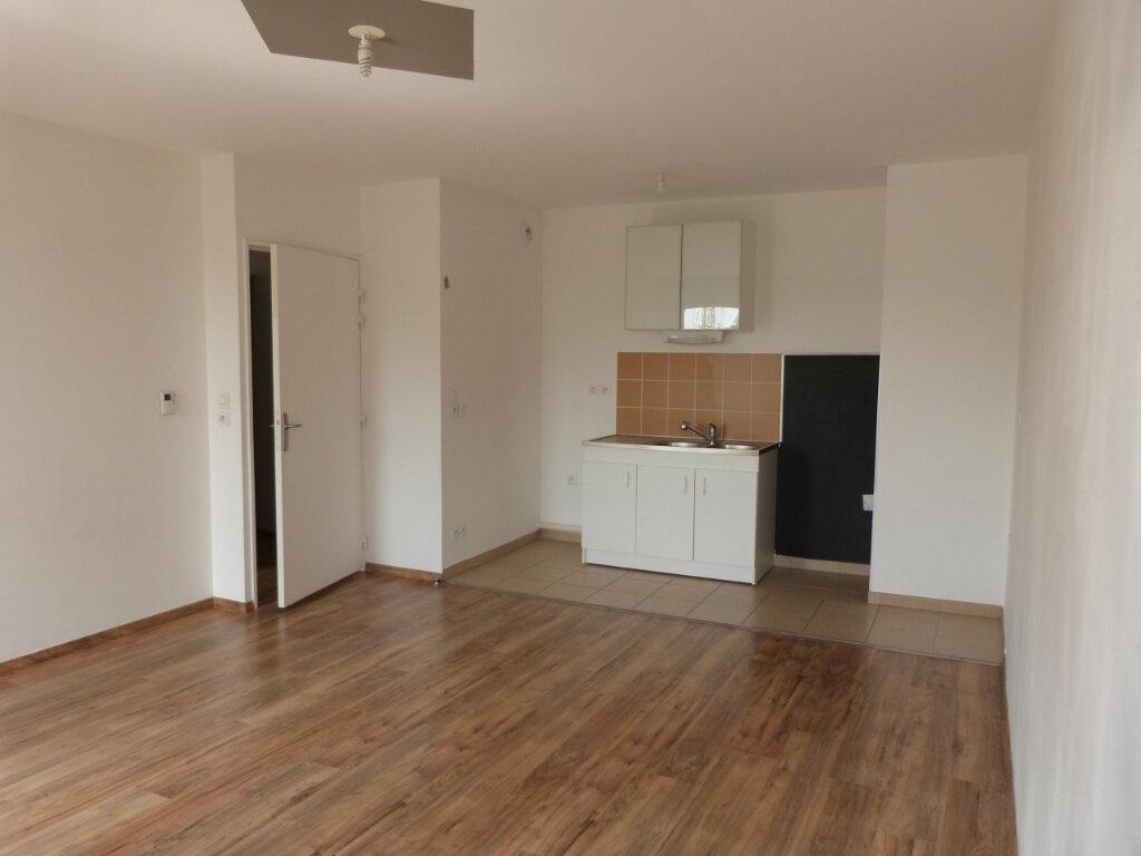 Appartement à louer 2 44.65m2 à Le Petit-Quevilly vignette-2