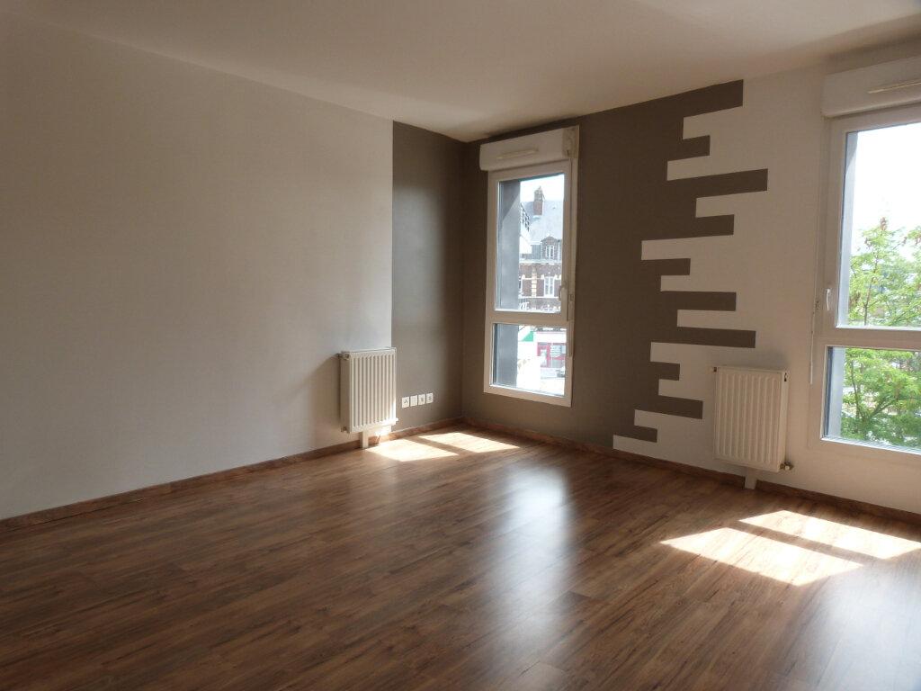 Appartement à louer 2 44.65m2 à Le Petit-Quevilly vignette-3
