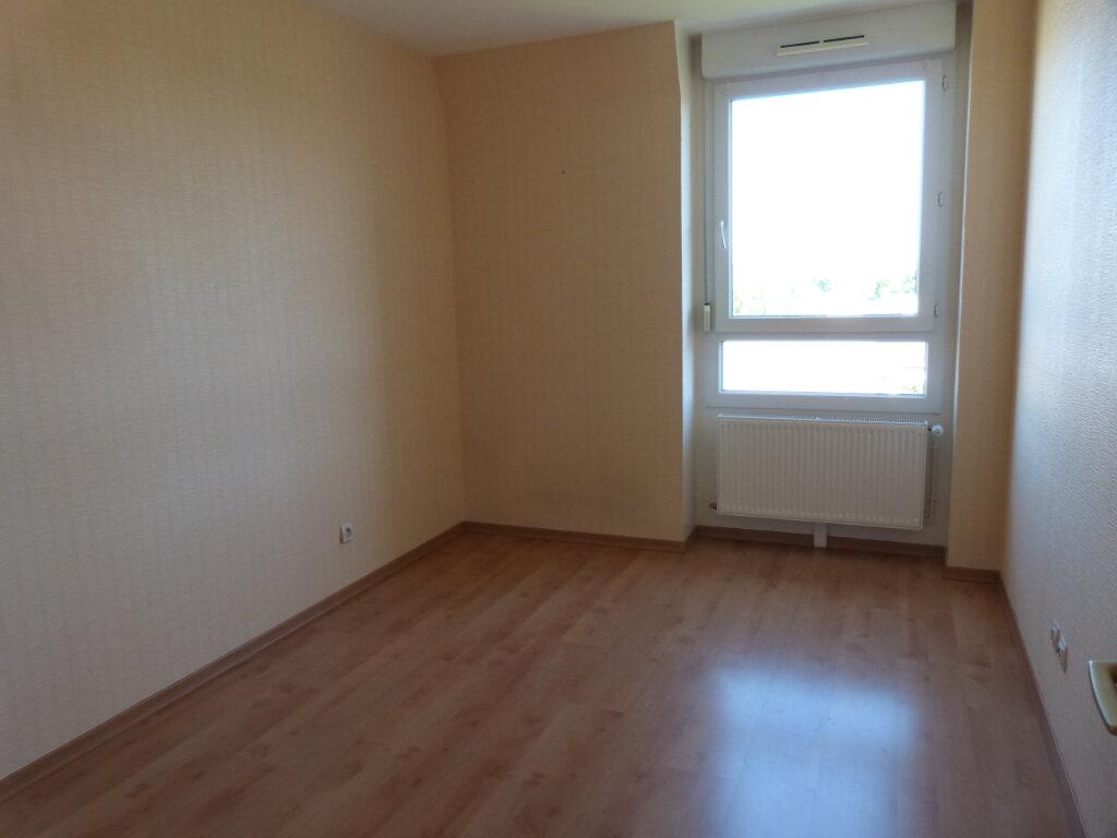 Appartement à louer 3 71.29m2 à Petit-Couronne vignette-6