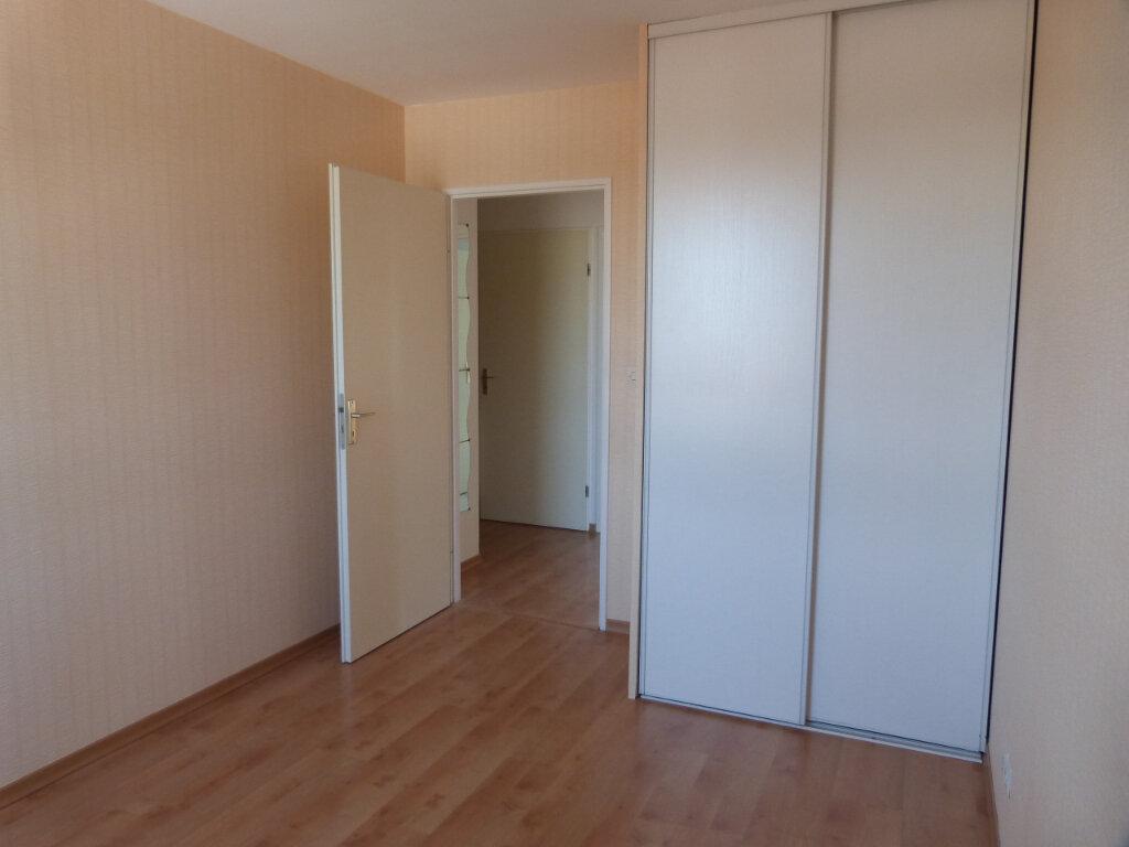 Appartement à louer 3 71.29m2 à Petit-Couronne vignette-7