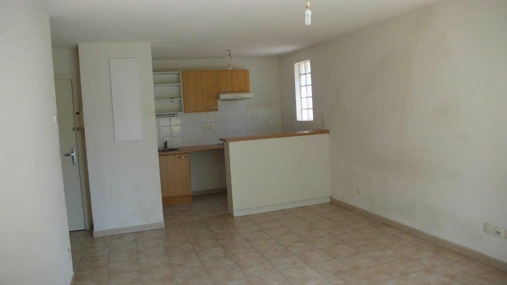 Appartement à louer 3 55m2 à Montauban vignette-4