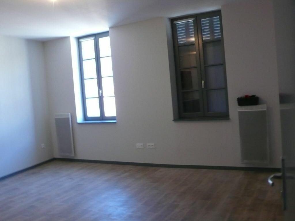 Appartement à louer 2 44m2 à Nègrepelisse vignette-2