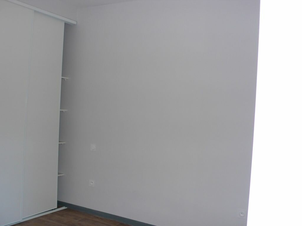 Appartement à louer 2 44m2 à Nègrepelisse vignette-3