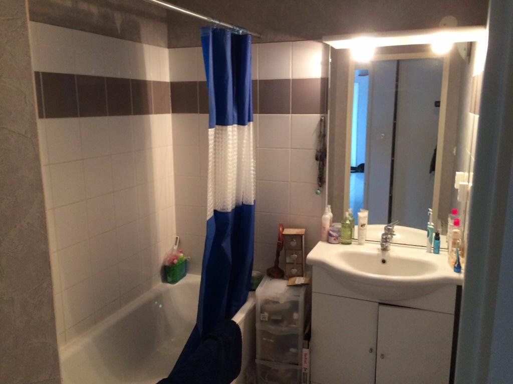 Appartement à louer 2 54m2 à Montbartier vignette-3