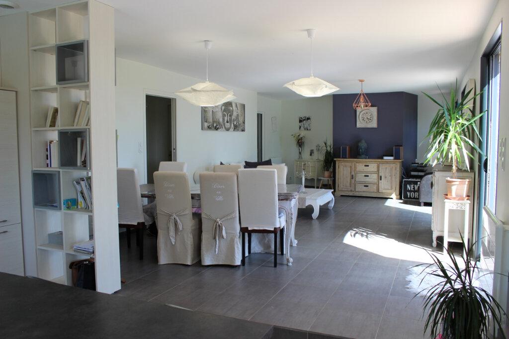 Maison à vendre 6 144m2 à Léojac vignette-4