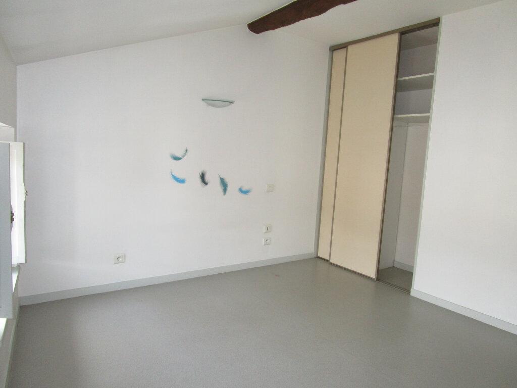 Appartement à louer 3 70.24m2 à Nègrepelisse vignette-4