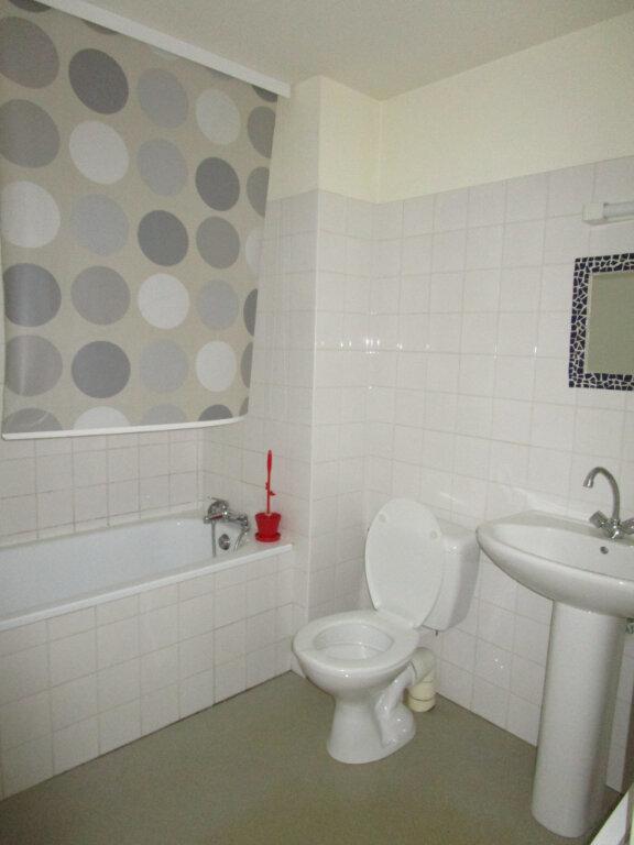 Appartement à louer 3 70.24m2 à Nègrepelisse vignette-5