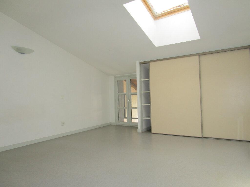 Appartement à louer 3 70.24m2 à Nègrepelisse vignette-6