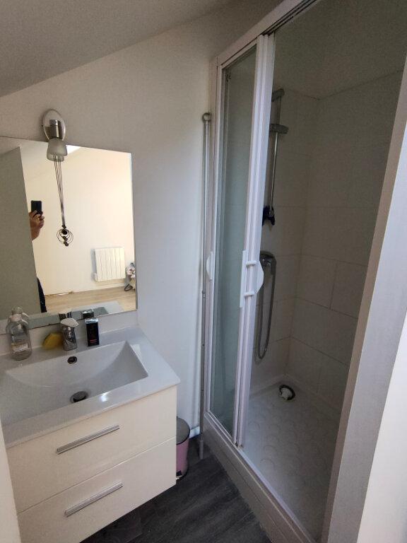 Appartement à louer 2 30m2 à Ingré vignette-5
