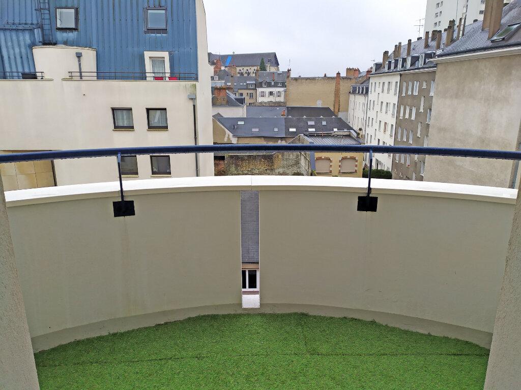 Appartement à louer 2 48.5m2 à Orléans vignette-5
