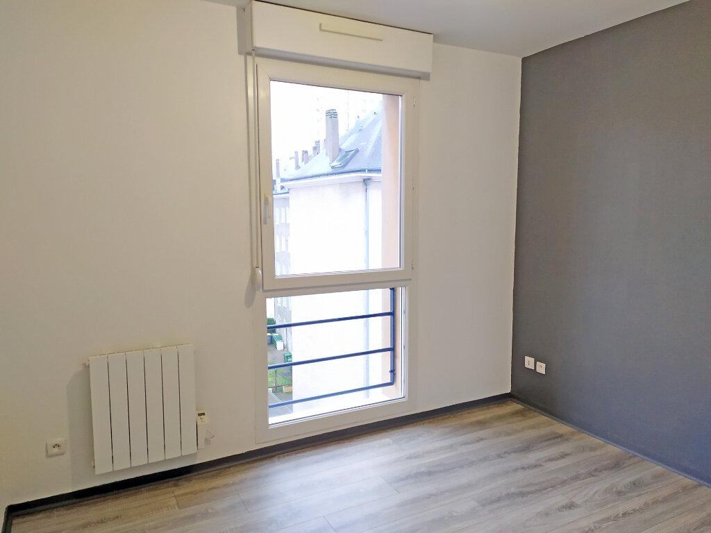 Appartement à louer 2 48.5m2 à Orléans vignette-7