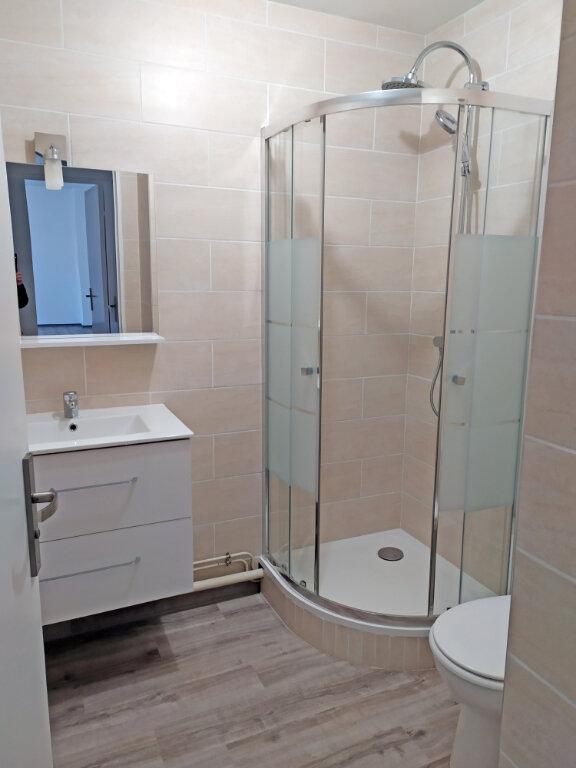 Appartement à louer 2 48.5m2 à Orléans vignette-8