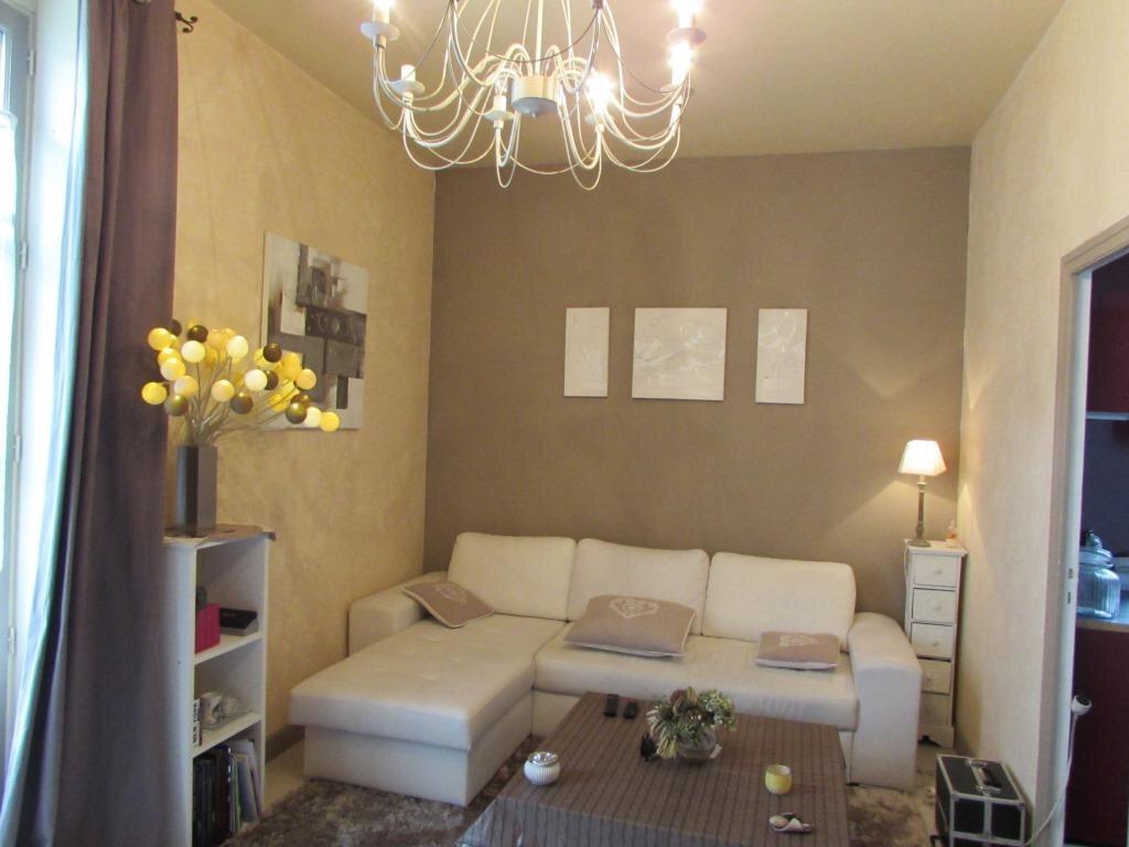 Appartement à vendre 2 52.48m2 à Terrasson-Lavilledieu vignette-1