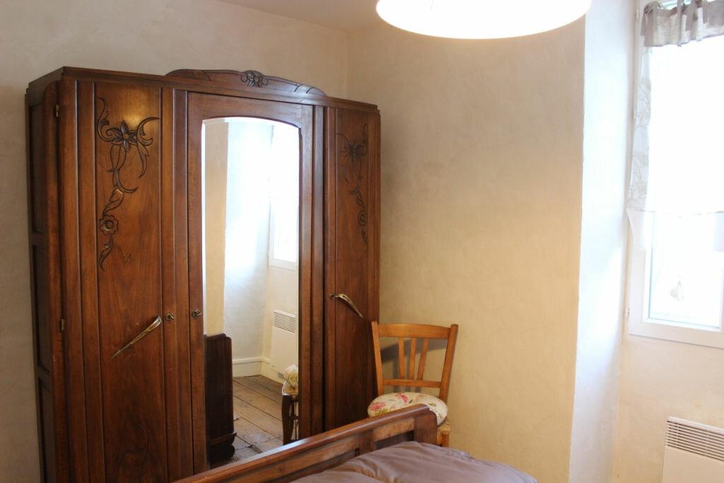 Maison à louer 4 68.66m2 à Terrasson-Lavilledieu vignette-11