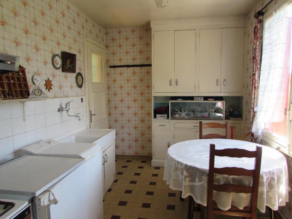 Maison à vendre 5 100m2 à Le Lardin-Saint-Lazare vignette-6