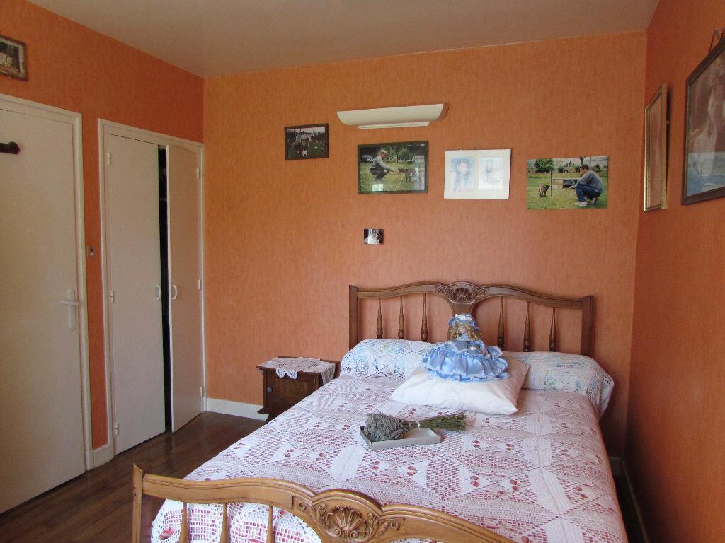 Maison à vendre 5 100m2 à Le Lardin-Saint-Lazare vignette-7