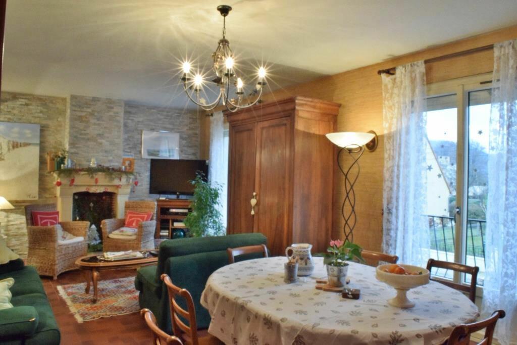 Maison à vendre 7 152m2 à Terrasson-Lavilledieu vignette-2