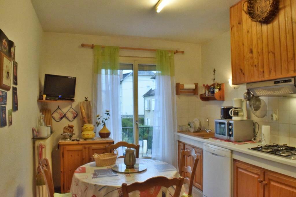 Maison à vendre 7 152m2 à Terrasson-Lavilledieu vignette-3
