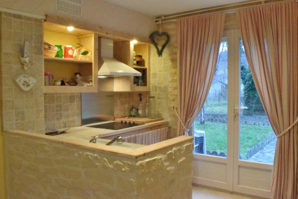 Maison à vendre 7 152m2 à Terrasson-Lavilledieu vignette-6