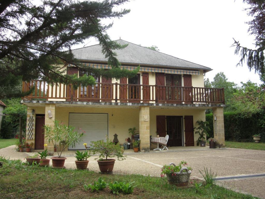 Maison à vendre 7 172m2 à Condat-sur-Vézère vignette-1