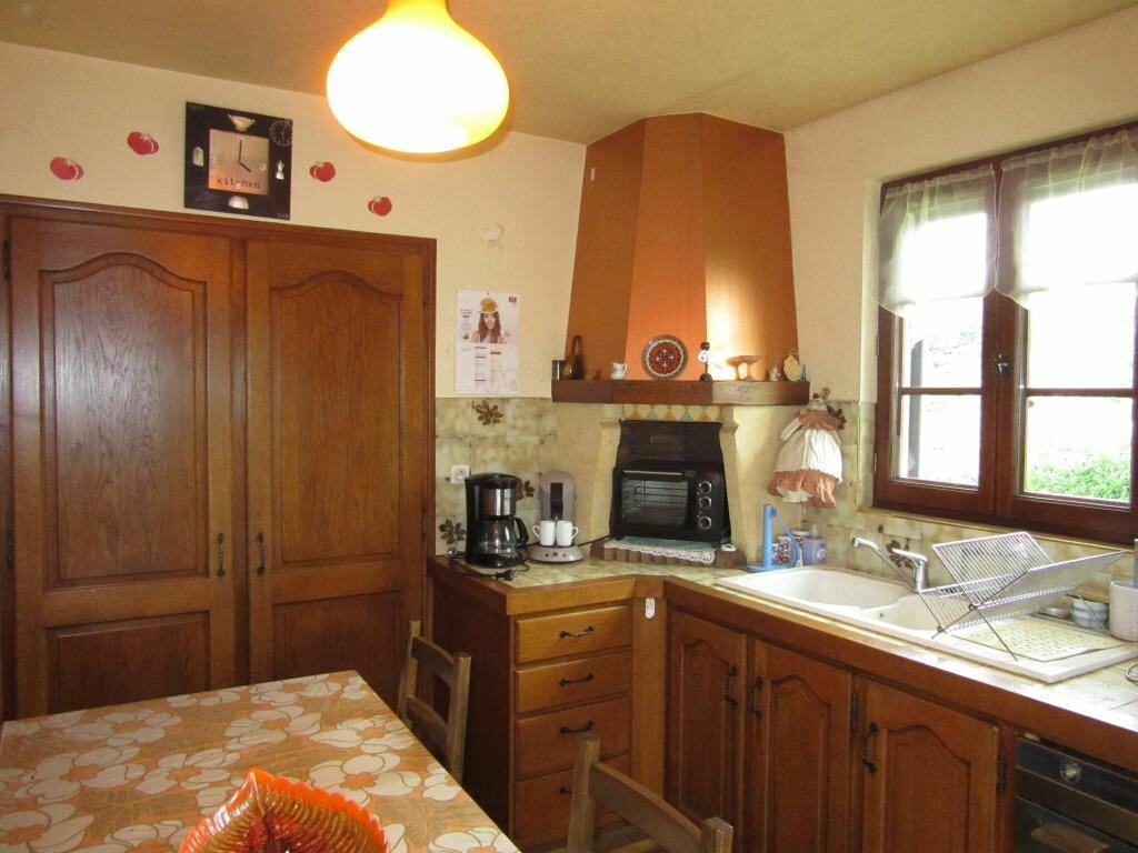 Maison à vendre 7 172m2 à Condat-sur-Vézère vignette-6