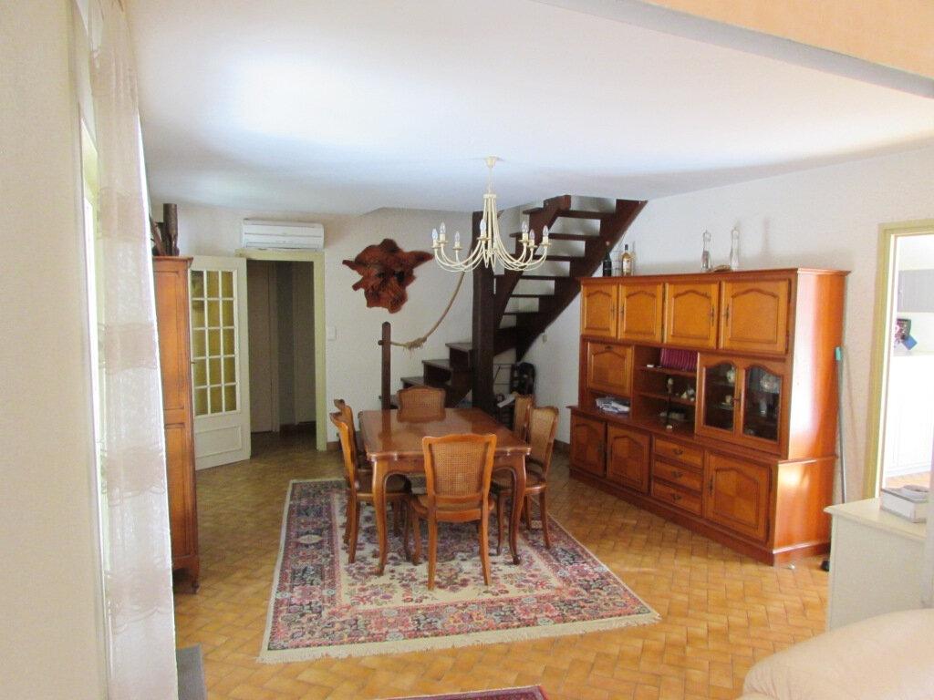 Maison à vendre 6 136m2 à Aubas vignette-4