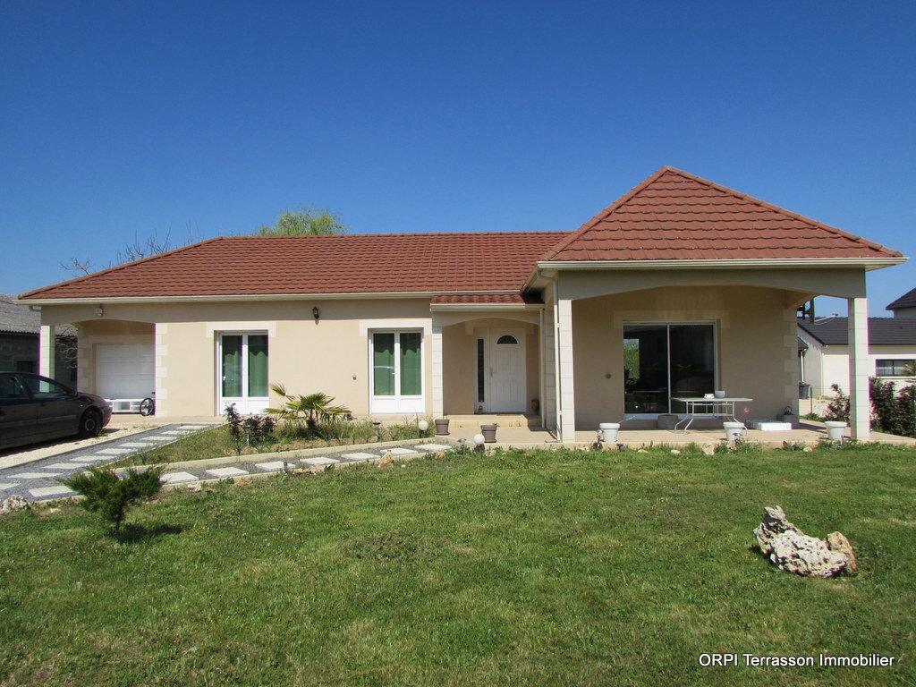 Maison à vendre 5 122m2 à Terrasson-Lavilledieu vignette-1