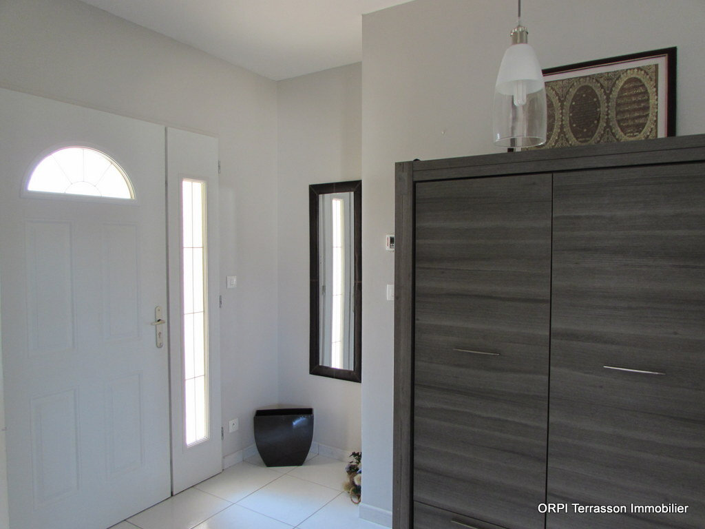 Maison à vendre 5 122m2 à Terrasson-Lavilledieu vignette-5