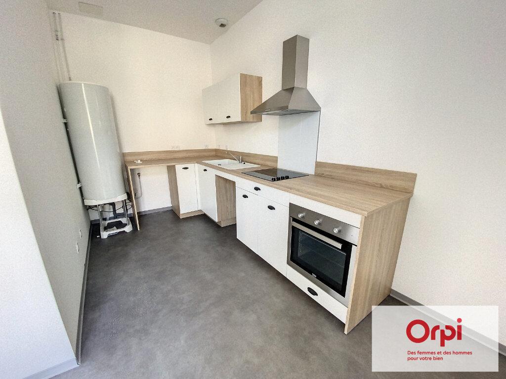 Appartement à vendre 2 42m2 à Terrasson-Lavilledieu vignette-1