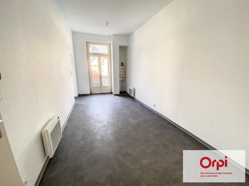 Appartement à vendre 2 42m2 à Terrasson-Lavilledieu vignette-4